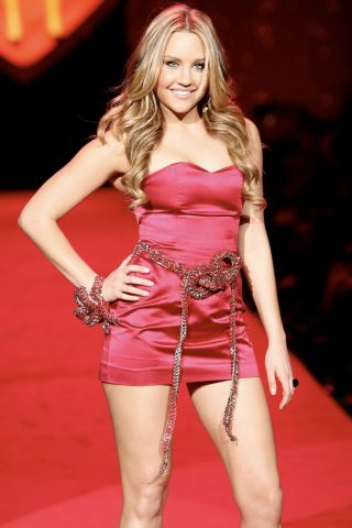 Amanda Bynes Height – Weight