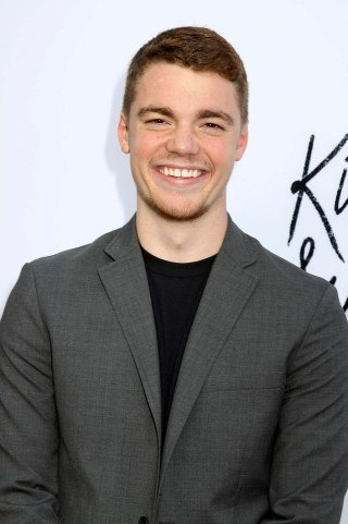 Gabriel Basso height and weight