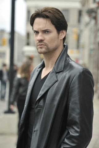 Shane West height and weight