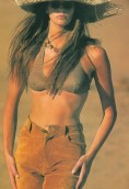 Elle Macpherson height and weight