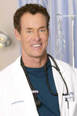 John C. McGinley height and weight