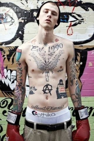 MGK (Machine Gun Kelly) height and weight