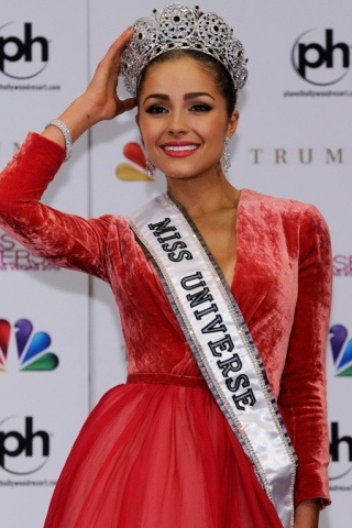 Olivia Culpo height and weight