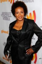 wanda-sykes-height-weight-measurements