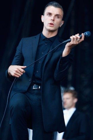 Theo Hutchcraft height and weight