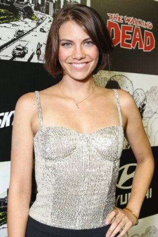 Lauren Cohan height and weight
