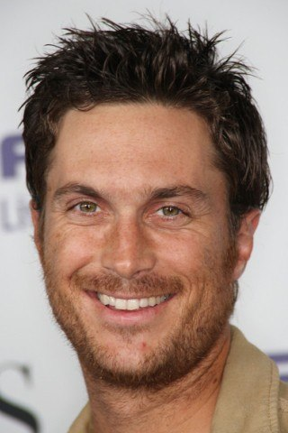 Oliver Hudson height and weight