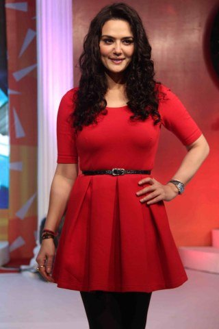 Preity Zinta height and weight