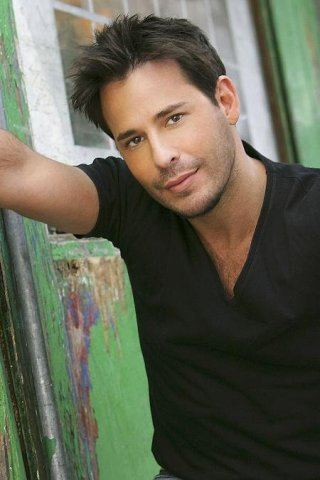 Ricky Paull Goldin height and weight