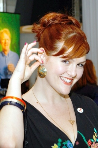 Sara Rue height and weight