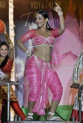 Vidya Balan height and weight