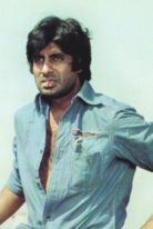 young-amitabh bachchan-height-weight-shoe-size