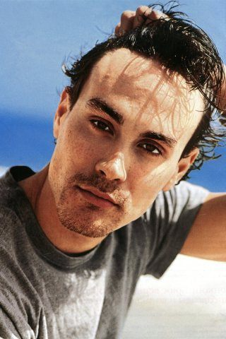 Brandon Lee height and weight