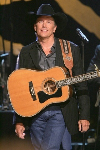 George Strait height and weight