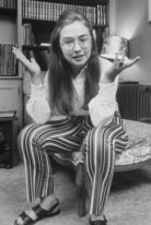 hillary-clinton-height-weight-shoe-size