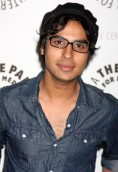 Kunal Nayyar height and weight