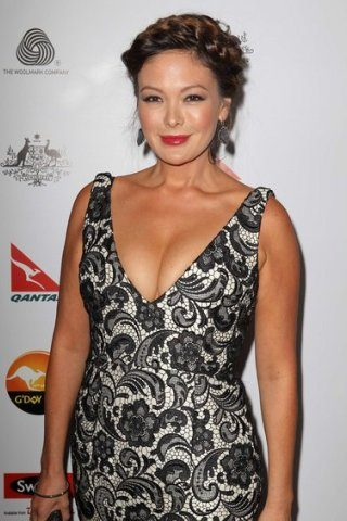 Lindsay Price height and weight