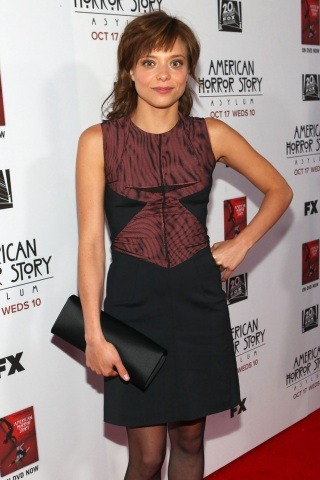 Lizzie Brochere height and weight