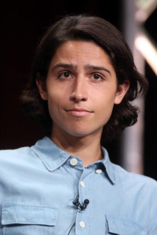 Lorenzo James Henrie height and weight