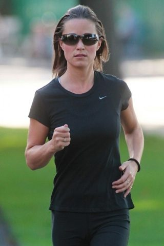 Pippa Middleton height and weight