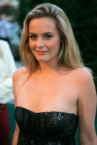 Alicia Silverstone Height – Weight