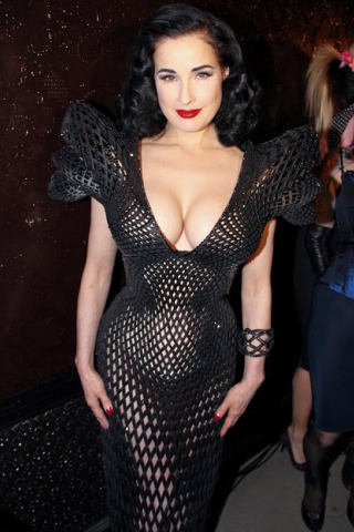 Dita Von Teese Height - Weight