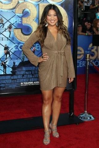Jenna Ushkowitz Height – Weight