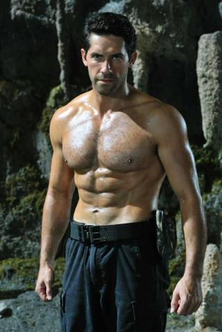 Scott Adkins height and weight