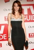 April Bowlby height and weight
