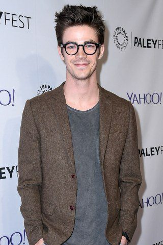 Grant Gustin Height – Weight
