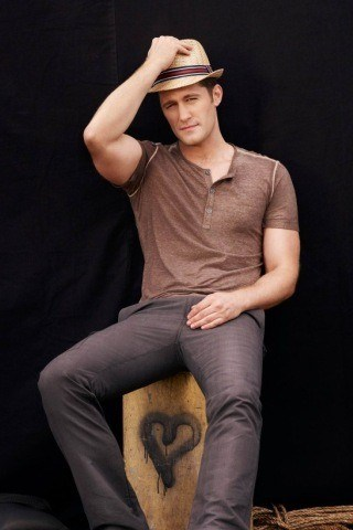 Matthew Morrison height and weight