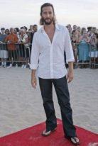 henry-ian-cusick-height-weight-shoe-size