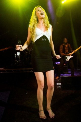 Joss Stone height and weight