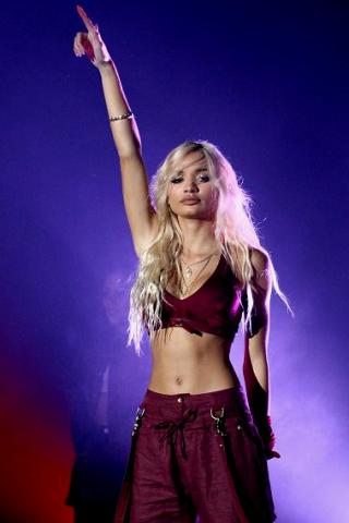 Pia Mia Perez height and weight