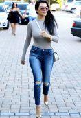 Kourtney Kardashian height and weight