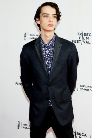 Kodi Smit-McPhee height and weight