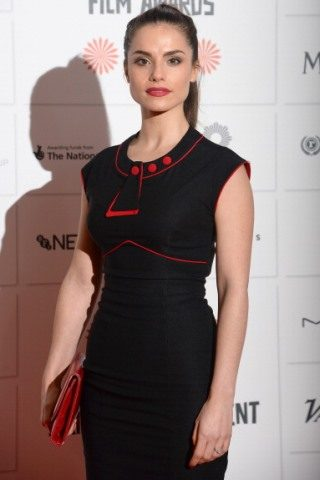 Charlotte Riley height and weight