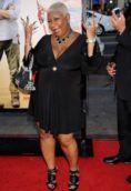 Luenell height and weight