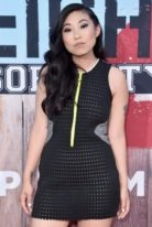 awkwafina-height-weight-measurements