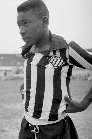 Pelé Height, Weight