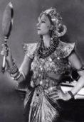 Greta Garbo height and weight