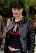 Pauley Perrette height and weight