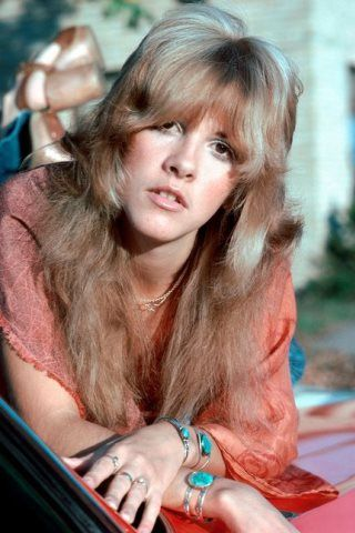Stevie Nicks Height – Weight