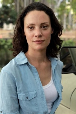 Camille De Pazzis height and weight