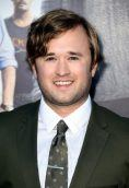 Haley Joel Osment height and weight