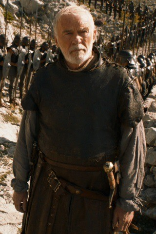 Ian McElhinney height and weight