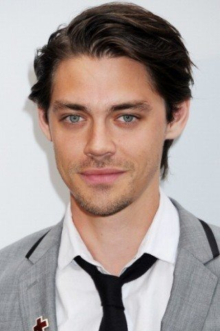 Tom Payne height and weight