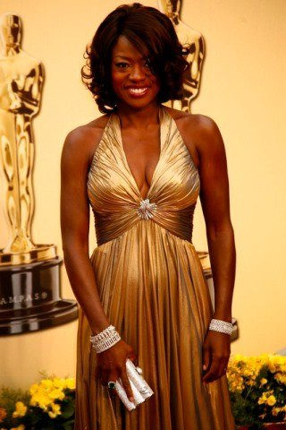 Viola Davis height and weight