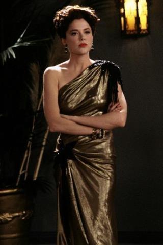 Annette Bening Height - Weight