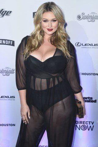 Hunter McGrady height and weight